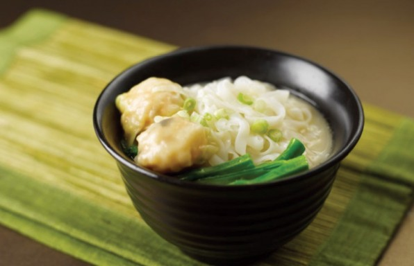 Hor-Fun-with-Shrimp-Dumplings-in-Superior-Broth